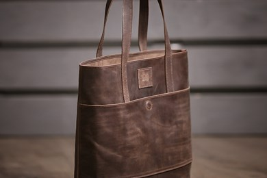 TOTE BAG // DARK BROWN