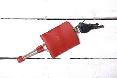 KEY HOLDER // RED